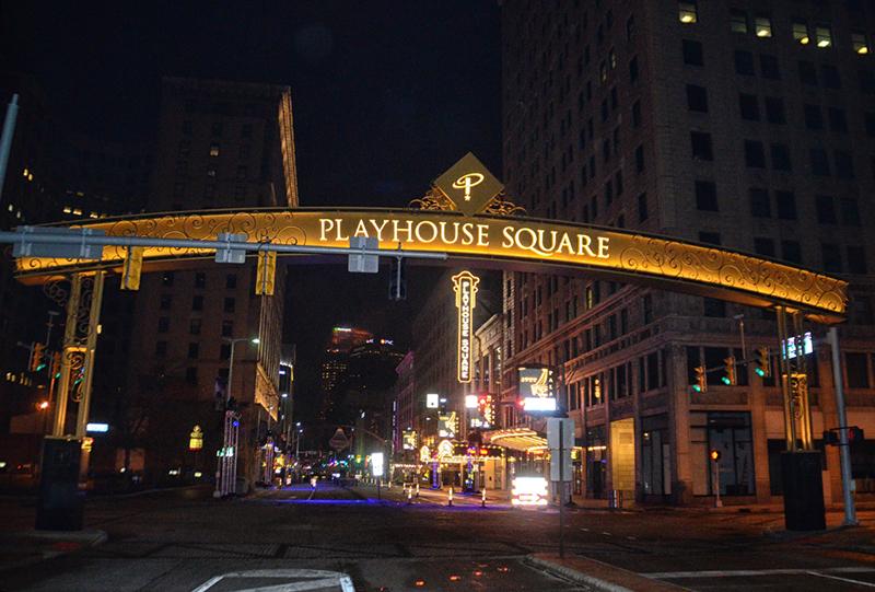 Lakewoodite Tom Einhouse Helps Light Playhouse Square - The ...